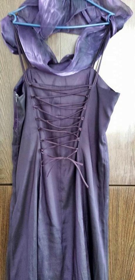 Dlhé fialovočierne šaty + štóla, 42