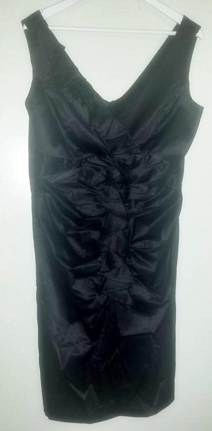 Krátke čierne šaty s bolerkom, 48