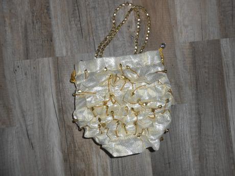 Malá zlatá kabelka,