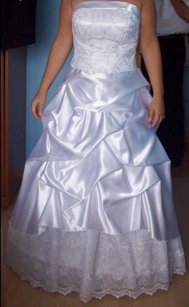 Svadobné šaty 0b5b3a1aef6