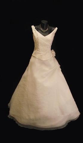 Luxusní  svatební šaty z Německa, 42