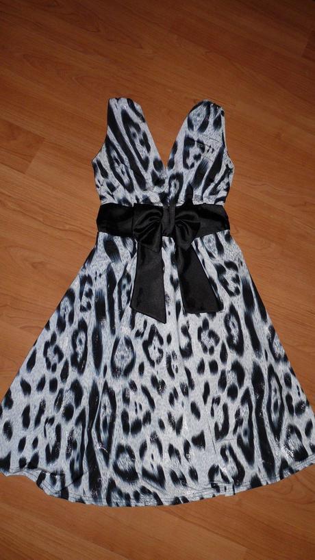 leo šaty, 36
