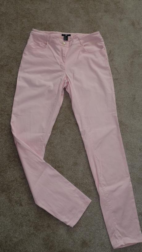 Lososovo  ružové nohavice  H&M, 38