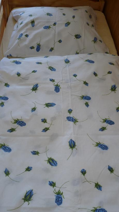 obliečky na  manželskú posteľ,