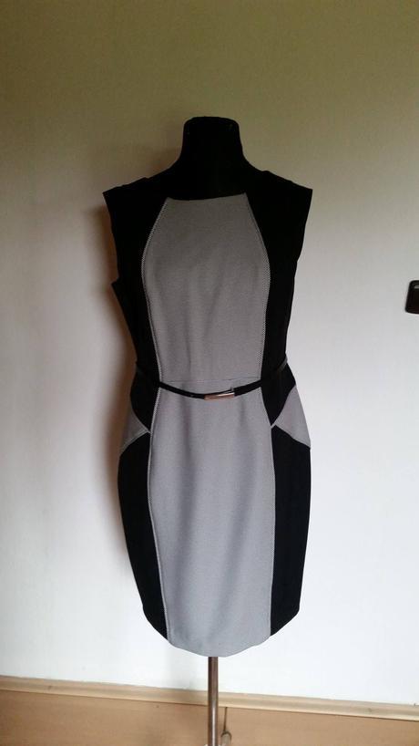 Společenské šaty , 44