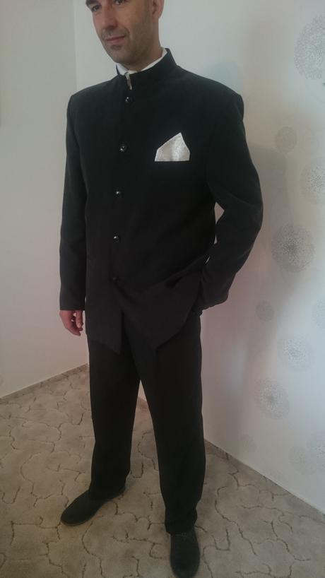 Oblek MAO, 54