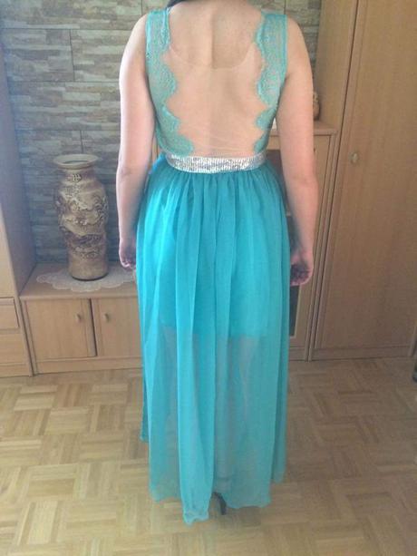 spoločenske šaty , 38