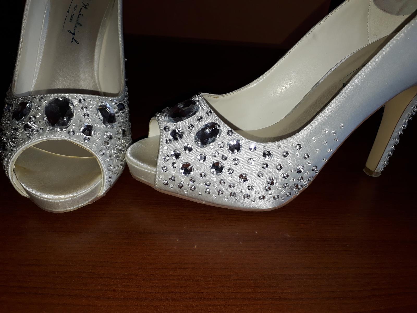 c42ac798bdef Luxusné svadobné topánky