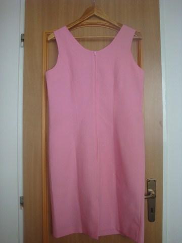 Pouzdrové šaty, L