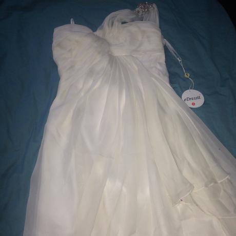 Spoločenské šifónové šaty eDressit , 42