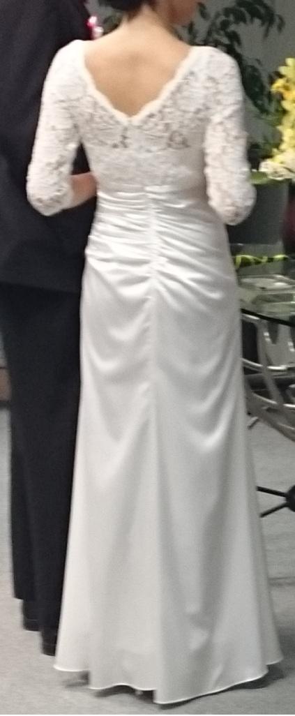 spolocenske svadobne saty, 36