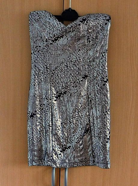 společenské šaty Amisu, 36