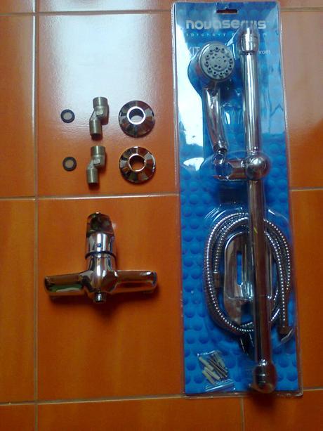 sprchova bateria 150mm+ sprchovaci komplet /nepouž,