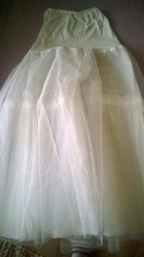Jedinecne snehovo biele šaty+španielsky závoj , 36