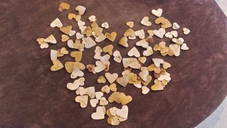 Srdíčka z přírodní březové kůry 120 ks,