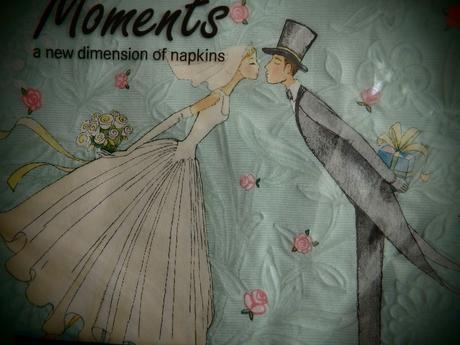 Svatební ubrousky značkové s tlačenými vzory,