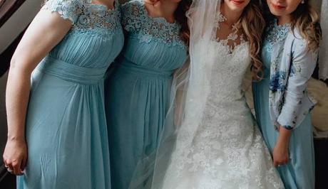 Světle modré šaty pro družičky, 38
