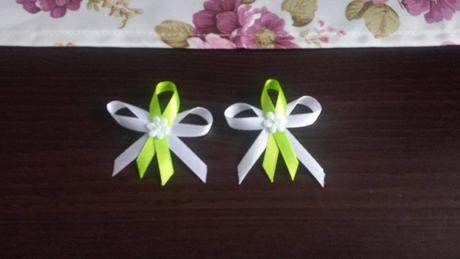 Zelená kravata, vreckovka, mašľa,