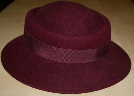 Dámsky klobúčik, S