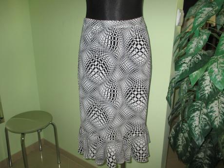 Sukňovy kostym 4dielny, 40
