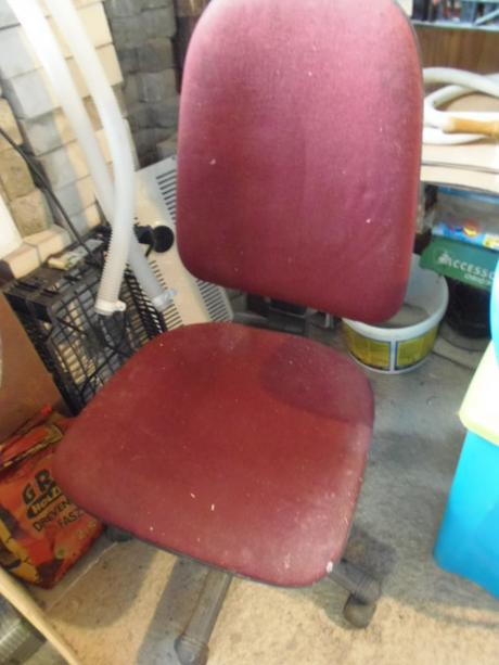stolička otočna,