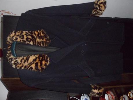 Kabatik s leopardom, 46