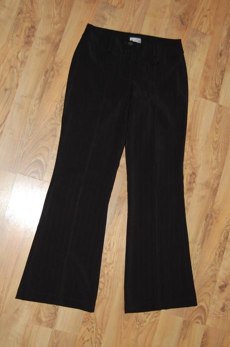 Společenské kalhoty, 44