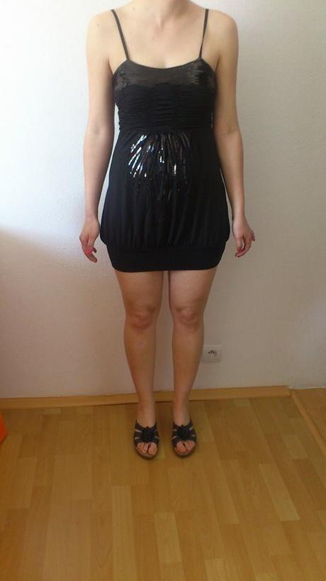 čierne šaty s flitrami, M