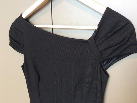 Čierne šaty značky Mango, S