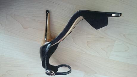 Zlato čierne sandále , 37