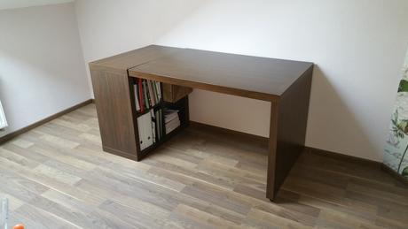 Pracovný stôl z Ikea,