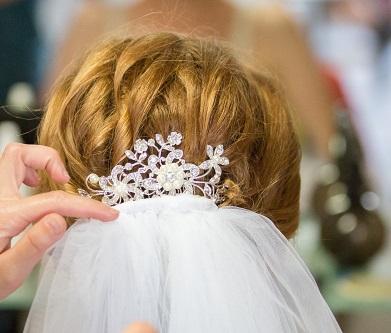 Hrebeň do vlasov s perličkami,
