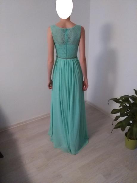 Pastelovo-zelené šifónové šaty s krajkou, 38