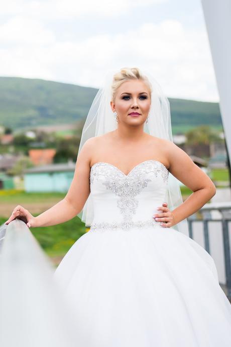 Svadobné šaty Allure Romance, 38