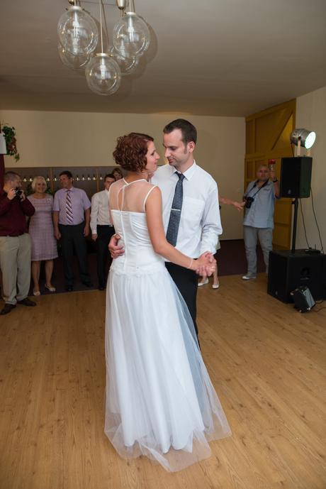 svatební šaty pro vysokou nevěstu, 42