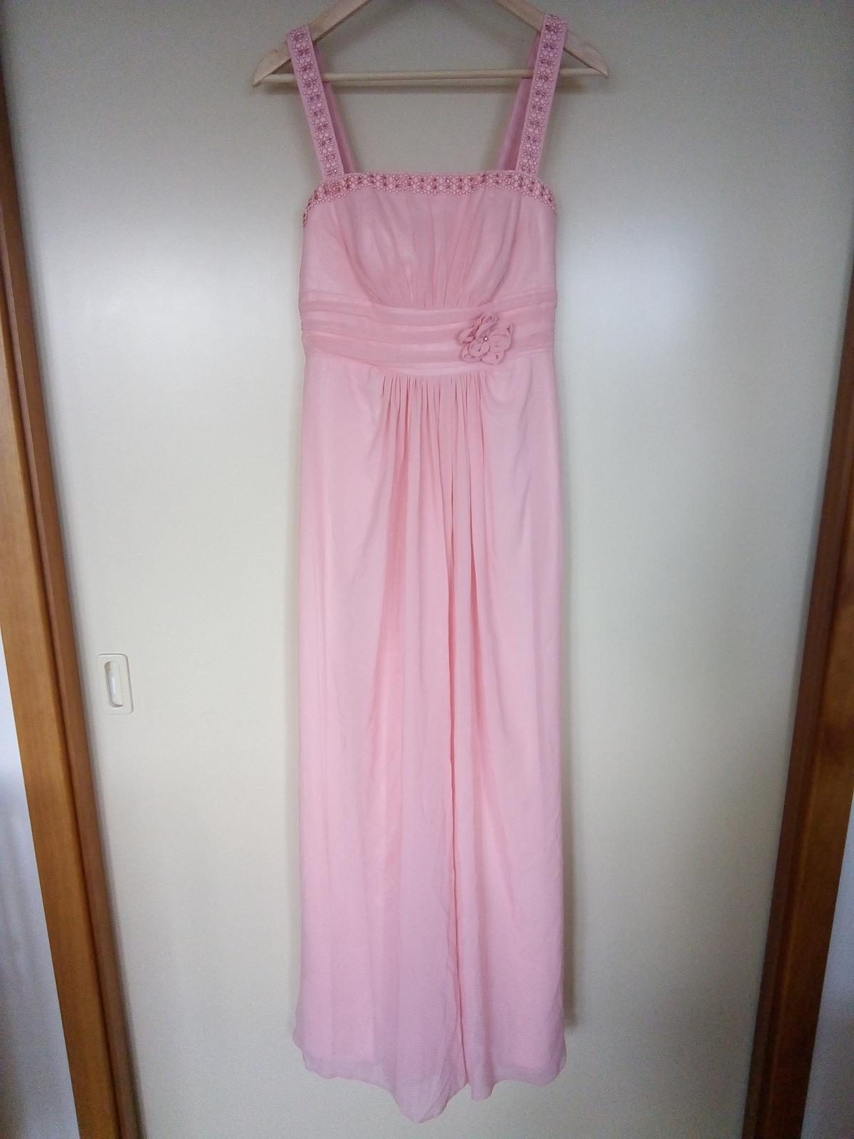 3073abf62b6 Společenské šaty plesové či pro družičku