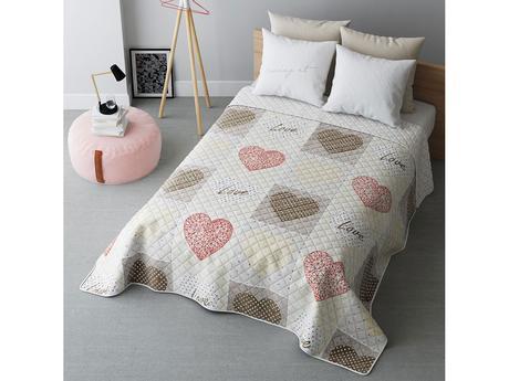 Prikrývka na posteľ so srdiečkami,