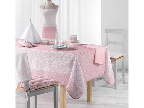 Ružový vzorovaný obrus 150x200 cm,