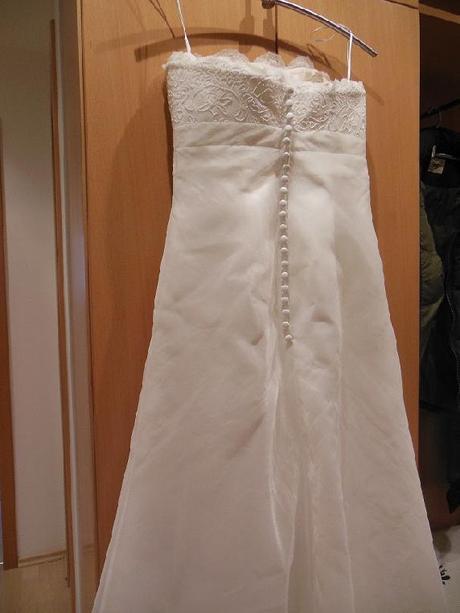 svatební šaty na malou nevěstu , 36