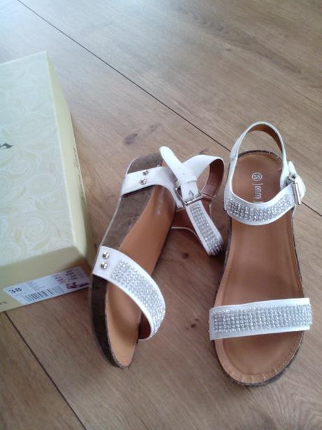 štrasové sandálky, 38