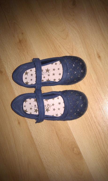 Sandalky NEXT, 24