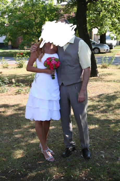 uzasne kratke svadobne saty 38, 38