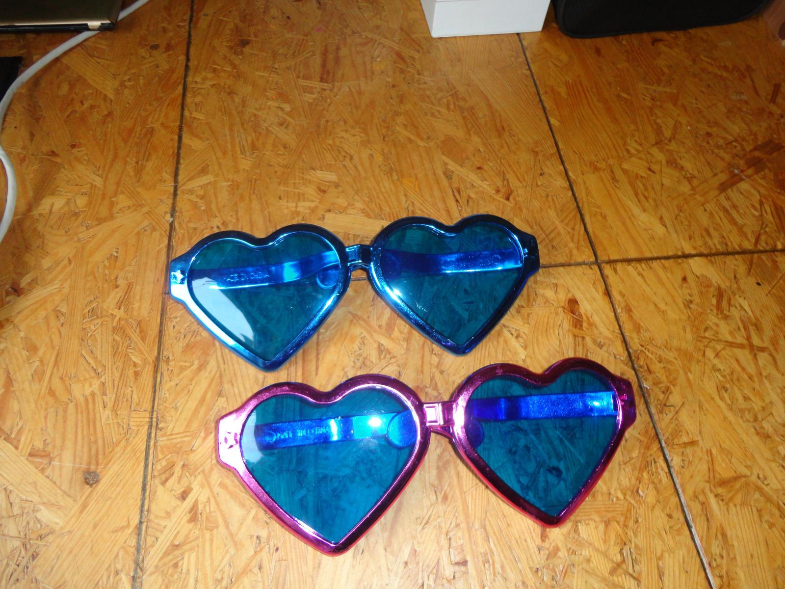 Velké srdcové slnečné okuliare na fotenie 3dfbaadc069