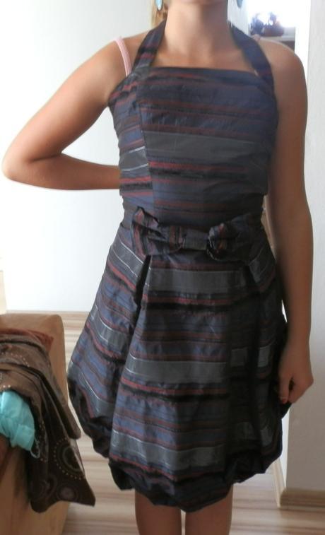 balónikové šaty, 36