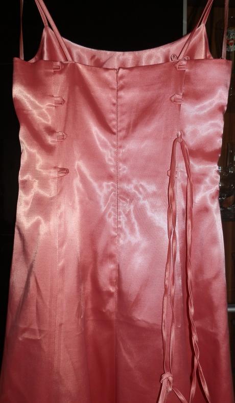 staroružové šaty, 38
