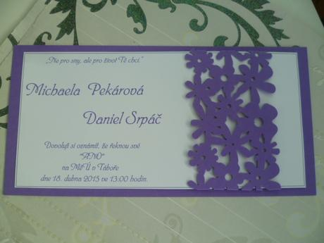 fialové svatební oznámení dlouhé,