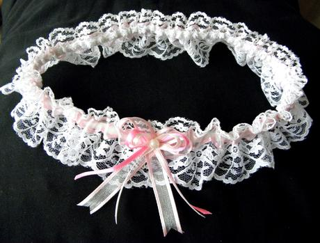 Krajkový podvazek růžovo bílý. Vel M - L, pružný, M