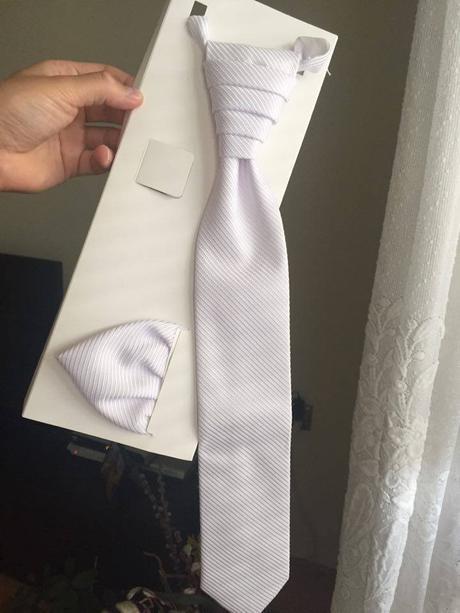 Svadobný set pre ženícha-kravata,vreckovka,
