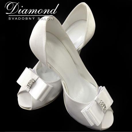 Saténové snehovobiele svadobné topánky, 34
