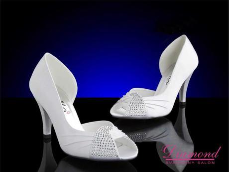 Snehobiele elegantné topánočky s kamienkami, 39